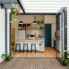 10 Walk-Out Kitchens That Get the Indoor-Outdoor Connection Right