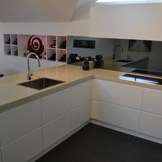 Modern Kitchen by Collaroy Kitchen Centre