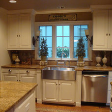 Traditional Kitchen by Refined Interior Staging Solutions