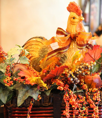 Traditional Kitchen Fall Rooster Arrangement