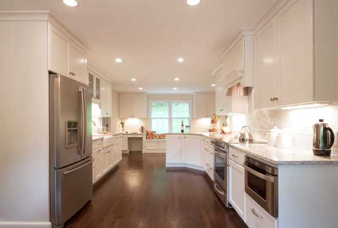 Traditional Kitchen By Cameo Kitchens Inc