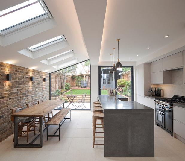 Contemporary Kitchen by Gazey Architects