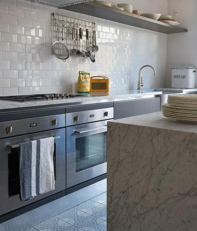 Transitional Kitchen by VORBILD Architecture