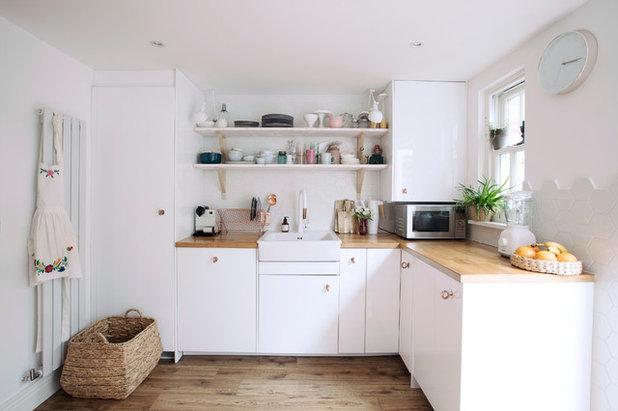 Skandinavisch Küche by Elena Creswell Design