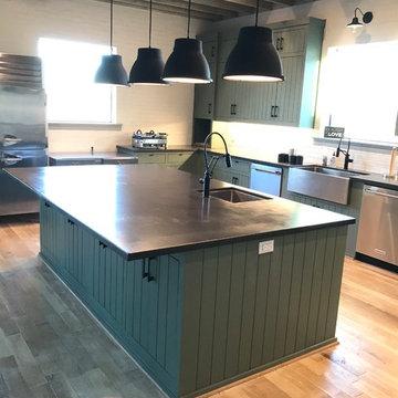Family Lodge Kitchen