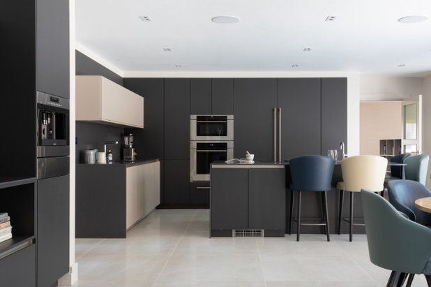 Contemporary Kitchen by Studio 28 Interiors Ltd