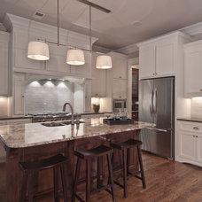 Craftsman Kitchen by Plattner Custom Builders, LLC
