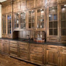 Craftsman Kitchen by Stonewood, LLC
