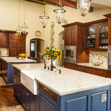 Fancy Tuscan Country Kitchen