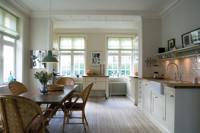 Traditional Kitchen by Farrow & Ball