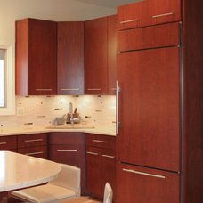 Modern Kitchen by Cameo Kitchens, Inc.