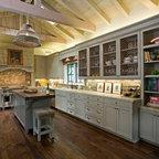 Deep Green Addition Italianate Farmhouse - Farmhouse ...