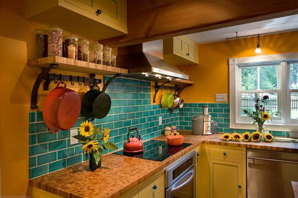 Farmhouse Kitchen by Fieldwork Architecture