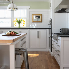 traditional kitchen by Albertsson Hansen Architecture, Ltd