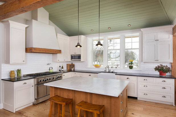 Farmhouse Kitchen by KM Design