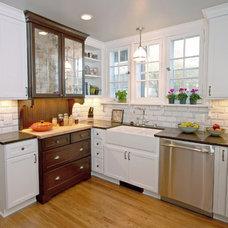 Farmhouse Kitchen by Blue Hot Design