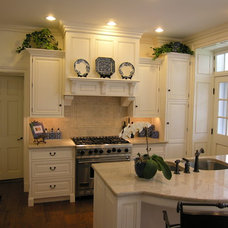 traditional kitchen by Jim Martin Design