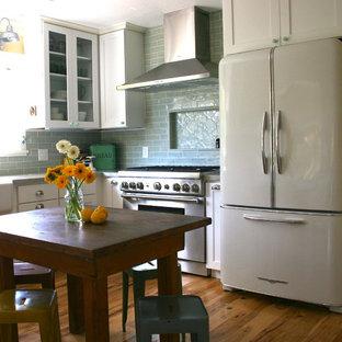 Farmhouse kitchen photo in San Francisco