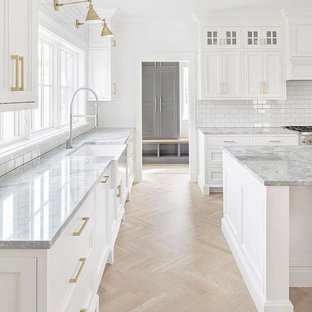 75 Beautiful Farmhouse Light Wood Floor Kitchen Pictures Ideas December 2020 Houzz