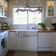 traditional kitchen by The Old Painted Cottage
