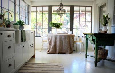 12 Farmhouse Touches That Bring Homeyness to a Kitchen