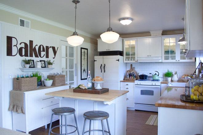 Farmhouse Kitchen by Jennifer Grey Interiors