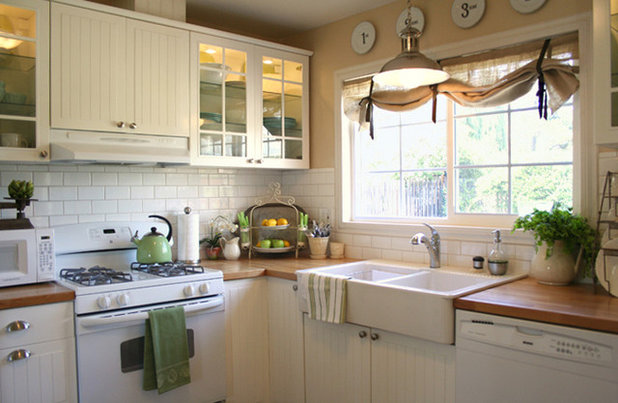 Traditional Kitchen by Jennifer Grey Interiors Design & Color Specialist