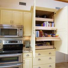 Farmhouse Kitchen by Blue Ridge Home Improvement