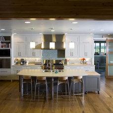 Farmhouse Kitchen by Rentfrow Design, LLC