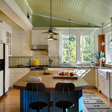 Rustic Kitchen by Smith & Vansant Architects PC