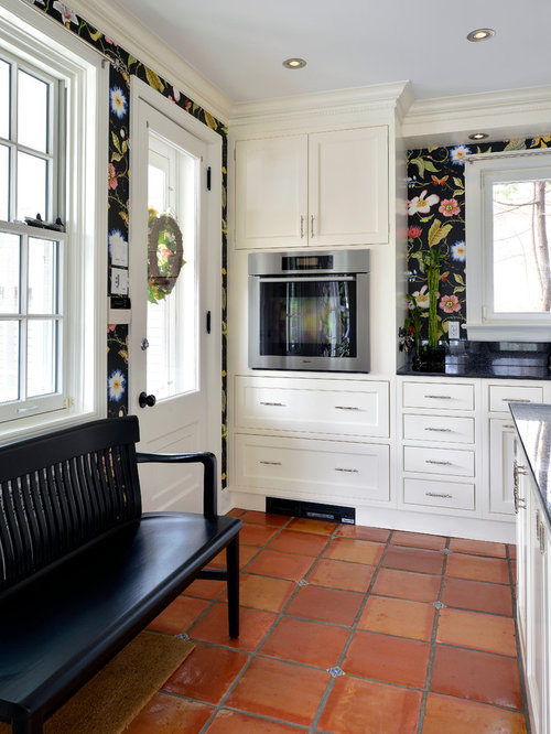 Terra cotta floor houzz for Terracotta kitchen ideas