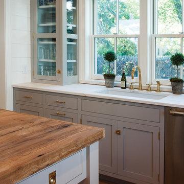 Farmhouse Kitchen with a Mid-Century Twist