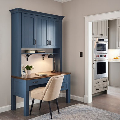 Inspiration for a large country l-shaped eat-in kitchen remodel in Other with shaker cabinets, gray cabinets and an island