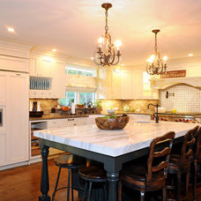 Traditional Kitchen by Twice As Nice Interiors