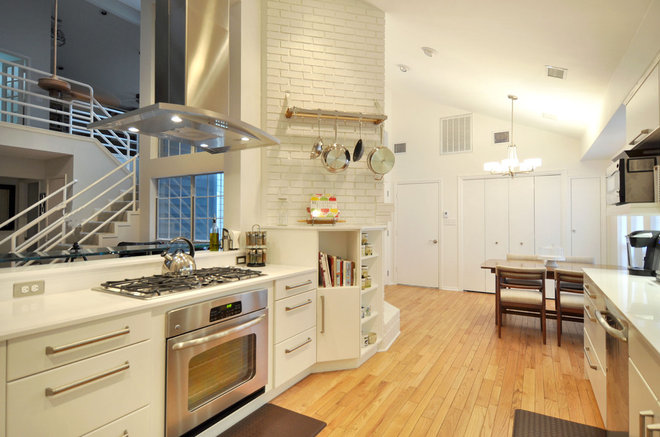 Contemporary Kitchen by The Kitchen Source