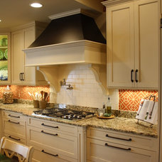 Traditional Kitchen by Artistic Kitchens & Baths, CKD, CAPS, NKBA, ASID