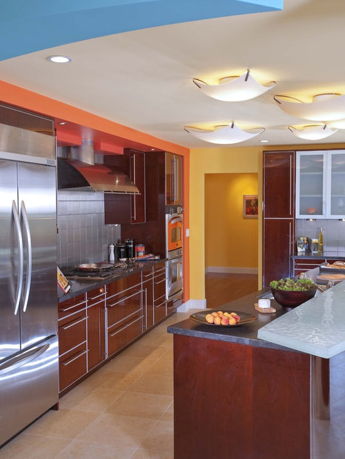 8x8 kitchen design ideas remodel pictures with brown for 8x8 galley kitchen layout