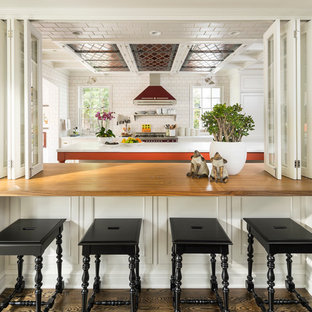 Traditional kitchen remodeling - Kitchen - traditional kitchen idea in Salt Lake City