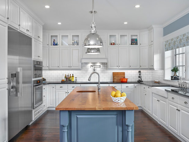Traditional Kitchen by Fuse Architecture + Design