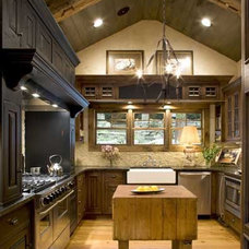 Traditional Kitchen by ExpressDecor