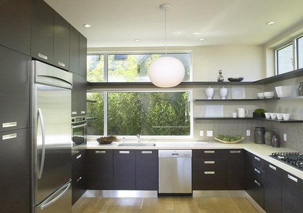 Contemporary Kitchen by Feldman Architecture, Inc.