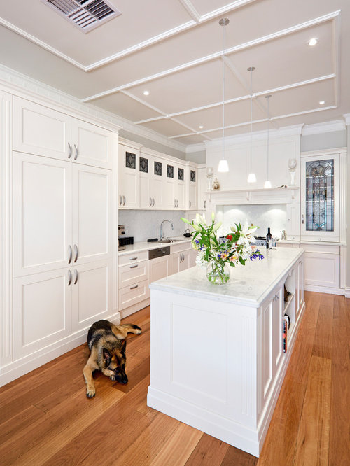 Design Ideas For A Traditional L Shaped Separate Kitchen In Melbourne With  Shaker Cabinets, Part 58