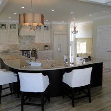 Kitchen by CabinetTree Design Studio