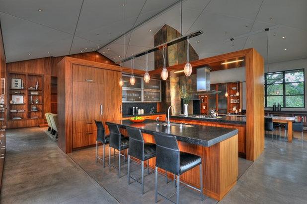 Asian Kitchen by De Meza + Architecture