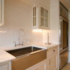 Traditional Kitchen by Split Rock Associates Inc.