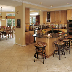 traditional kitchen by D G Liu Design and Home Remodeling - Dale Kramer