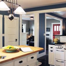 Craftsman Kitchen by Design Vidal