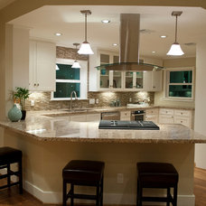 Traditional Kitchen by Curtis Lawson Homes