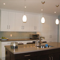 Contemporary Kitchen by Oakville Kitchen and Bath Centre