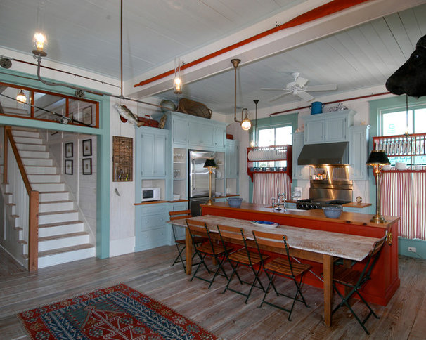 Houzz tour lessons in florida cracker style from a for Navajo red benjamin moore